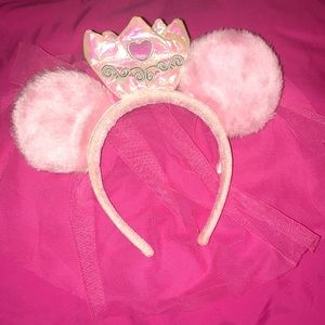 Fuzzy Minnie Mouse Princess Ears with Veil